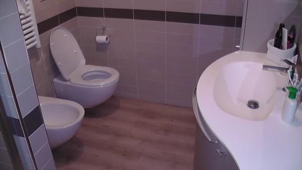 F lli aghito s n c preventivo rifacimento bagno treviso - Costo impianto idraulico bagno ...